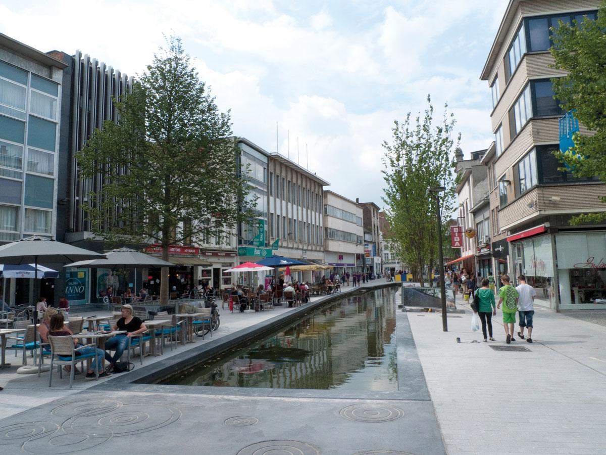 shopping street between Mechelen Central Station and the city centre of Mechelen